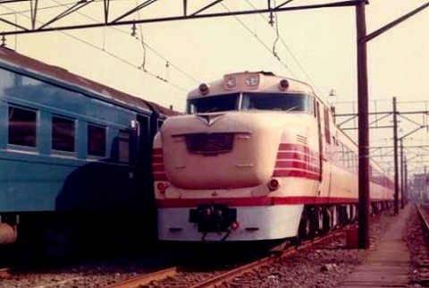 DC81hitachi_oku2.jpg